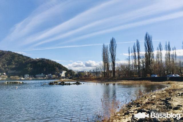 冬の河口湖でポイント移動